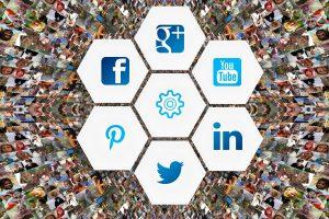 情報システムが強い立場になるためにも社内システム化を最優先に