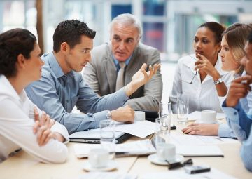 【初心者向け】営業が学ぶべき4つのIT知識!今日から始めるデータ営業